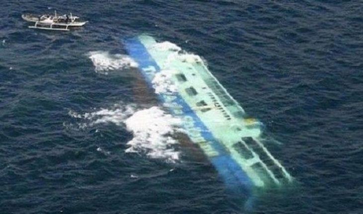 Capitán habría estado mirando su celular: encuentran a un hombre vivo dos días después del naufragio de ferri tanzano