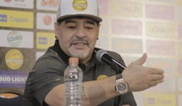 """Diego Maradona: """"take this responsibility as who has a child in her arms"""""""