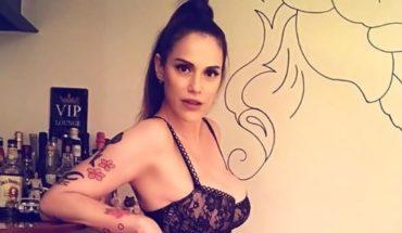 El sorpresivo topless de Connie Ansaldi con un revelador mensaje