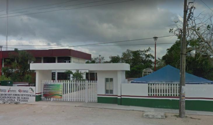 Estudiante golpea a su compañera en Quintana Roo