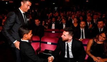 History: After twelve years Messi remains outside of the award to the best player in the world