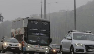 """La """"medida parche"""" del Gobierno: MOP pide a conductores salir de Santiago después de las 2 de la tarde"""