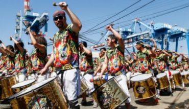 """Organizadores suspenden carnaval Mil Tambores de Valparaíso y acusan al gobierno de """"asedio"""""""
