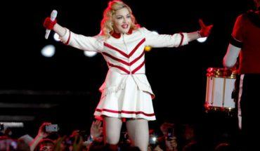 Productora deberá indemnizar a asistentes de concierto incompleto de Madonna en Chile