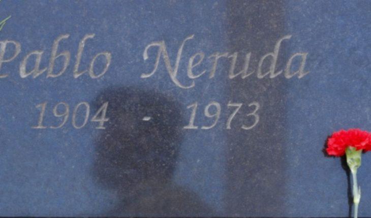 Quién paga la cuenta: Sobrino de Neruda acusa deuda del Gobierno con laboratorios extranjeros que analizaron restos del poeta
