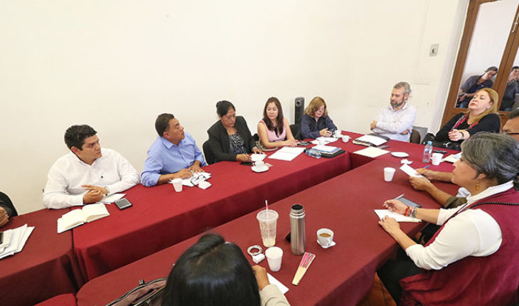 Reducir el salario de los diputados en Michoacán, propone bancada de Morena