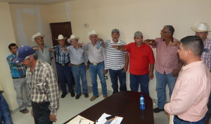 Rinde protest in Mocorito sorghum producers Committee