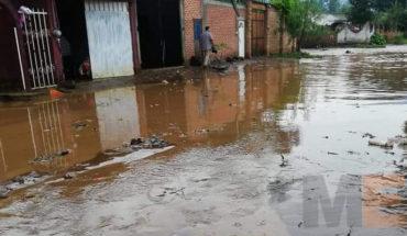 Se desborda el Río Duero en Chilchota, Michoacán hay varias casas afectadas