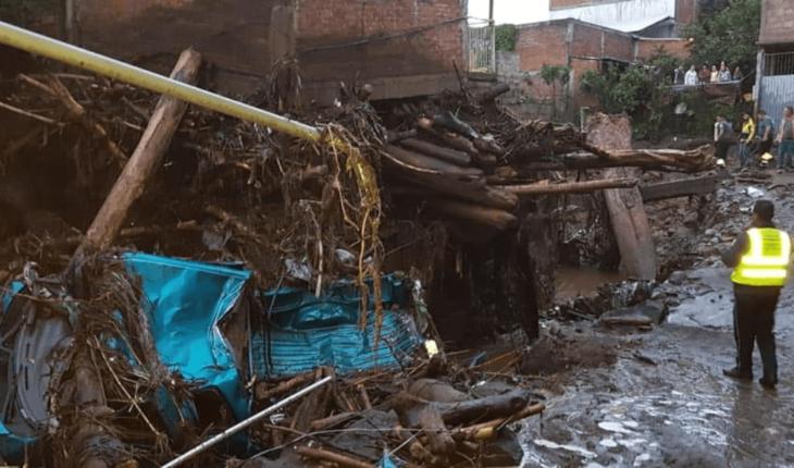 Se desborda río en Peribán, Michoacán; reportan 1 muerto