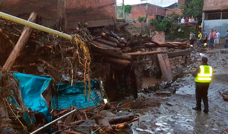 Tromba en Peribán, Michoacán deja siete desaparecidos, entre ellos niños