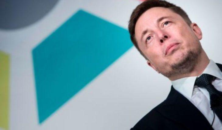 Tuits le costaron 20 millones de dólares a Elon Musk