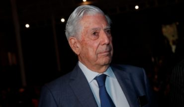 """Vargas Llosa defends Mauricio Rojas: """"Hold that denies the horrors of Pinochet is nonsense"""""""