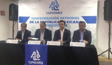 AMLO nos mintió sobre cómo sería la consulta del aeropuerto: COPARMEX