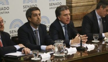 """Dujovne defendió el Presupuesto en el Senado: """"El FMI evitó un ajuste más grande"""""""