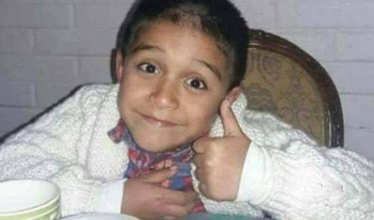 El niño idéntico a Alexis Sánchez viajó a Inglaterra para grabar comercial con su ídolo