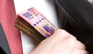 Empresas fantasmas, facturan más de 2 billones de pesos al año