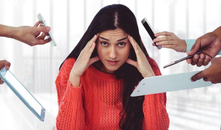Estrés laboral es tan dañino como fumar
