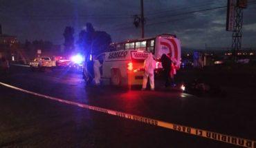 Fallece motociclista al chocar contra camión frente a Villas del Pedregal, en Morelia, Michoacán