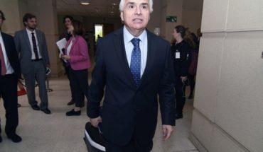 """Ministro Chadwick defendió el proyecto Aula Segura: """"Hay que actuar a tiempo"""""""