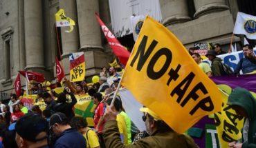 No+AFP: protesta en la Alameda terminó con detenidos, incluyendo a Luis Mesina