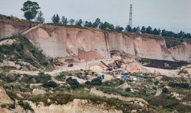Pobladores que se oponen al NAIM muestran al equipo de AMLO los daños ambientales por la obra