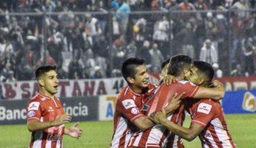 Racing pierde el invicto ante San Martín de Tucumán