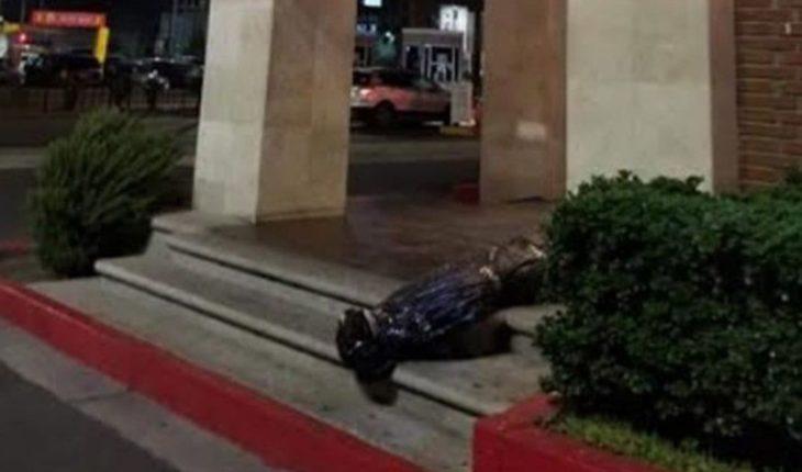 "Restaurante se disculpa por decoración de ""cadáver"" embolsado"
