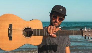 Rusea, el músico que te traslada al mar a través de sus canciones