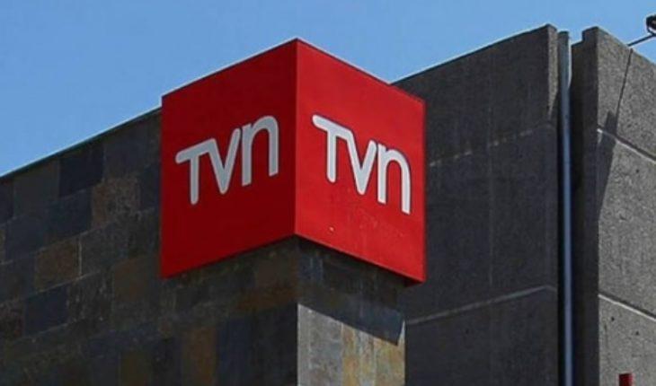 """Sindicatos de TVN acusan """"falta de talento y habilidad"""" de los gerentes tras despidos"""
