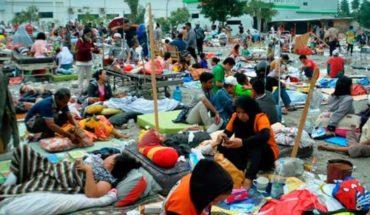 Sube a 1.424 el número de muertos por desastres en Indonesia
