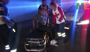 Sujeto balea a tres hombres al salir de un bar en Morelia, Michoacán; hay un muerto