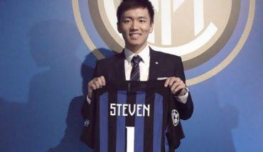 Tiene 26 años y es el nuevo presidente de Inter de Milán: así se presenta Steven Zhang