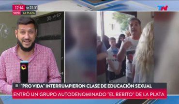 Grupo provida interrumpó una clase de educación sexual en un colegio