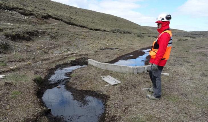 YPF aseguró que ha recuperado 60% de los 720 mil litros de petróleo derramados en Tierra del Fuego