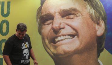 Bolsonaro lidera con un 55 %, según el primer escrutinio parcial en Brasil
