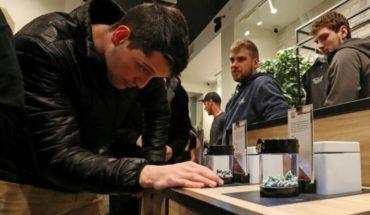 Canadá se convierte en el segundo país del mundo en legalizar la marihuana