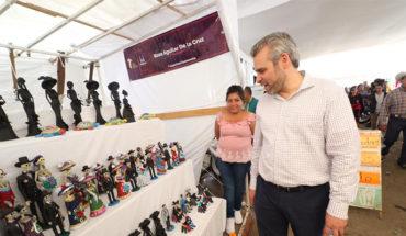 Catrinas de Capula, tradición que enaltece la organización comunitaria, señala el diputado Alfredo Ramírez