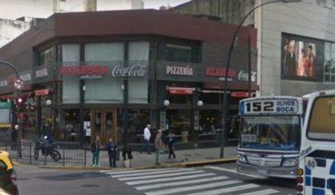 Echaron a golpes a una pareja gay de una pizzería
