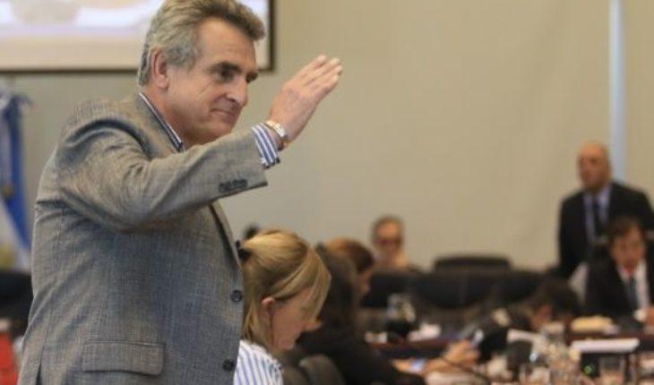 """El debate sube de tono: para Agustín Rossi, el Congreso """"es una escribanía del FMI"""""""