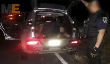 En Petatlán, Guerrero, liberan a secuestrado y arrestan a sus captores; aseguran arsenal y siete vehículos