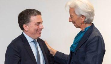 En la antesala de firmar el acuerdo con el FMI se anuncia la reducción del déficit fiscal