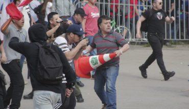 Incidentes durante marcha en Santiago entre simpatizantes del Movimiento Social Patriota y anti-fascistas
