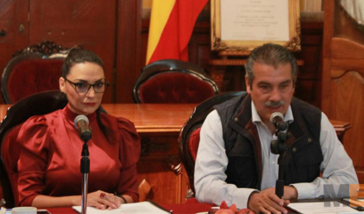 Independent trade union of workers of the Morelia College was out of the norm: Omega Vazquez