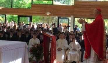La polémica presencia del cardenal Errázuriz que incomodó a apoderados de un colegio católico de Las Condes