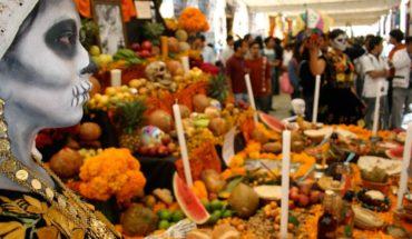 Monumental altar de muertos adornará explanada del Cecut