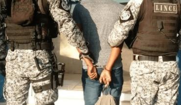 NY police officers train Panamanians crime