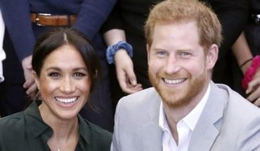 """Prince Harry and Meghan Markle await their first child"