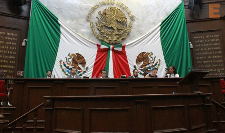 Proposal on security, ends in personal discussion between members of Congress from Michoacán