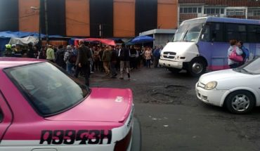 Protesting taxi drivers in Metro Tacubaya