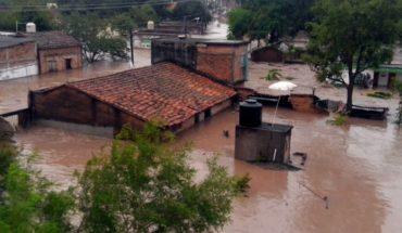 Se desbordan ríos en Nayarit y Sinaloa por huracán Willa